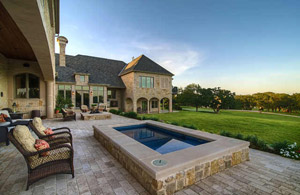 Mansions in Dallas for Rent